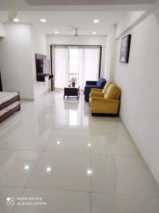 Gallery Cover Image of 1250 Sq.ft 2 BHK Apartment for rent in Balaji Heights, Kharghar for 40000