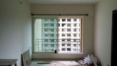 Gallery Cover Image of 866 Sq.ft 2 BHK Apartment for buy in Malad West for 14900000