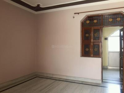Gallery Cover Image of 1800 Sq.ft 1 BHK Independent Floor for rent in Kamruddin Nagar for 10000