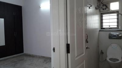 Gallery Cover Image of 943 Sq.ft 2 BHK Apartment for buy in Thiruvanmiyur for 10500000