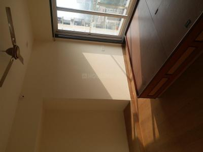 Gallery Cover Image of 1340 Sq.ft 3 BHK Apartment for rent in Thane West for 32000