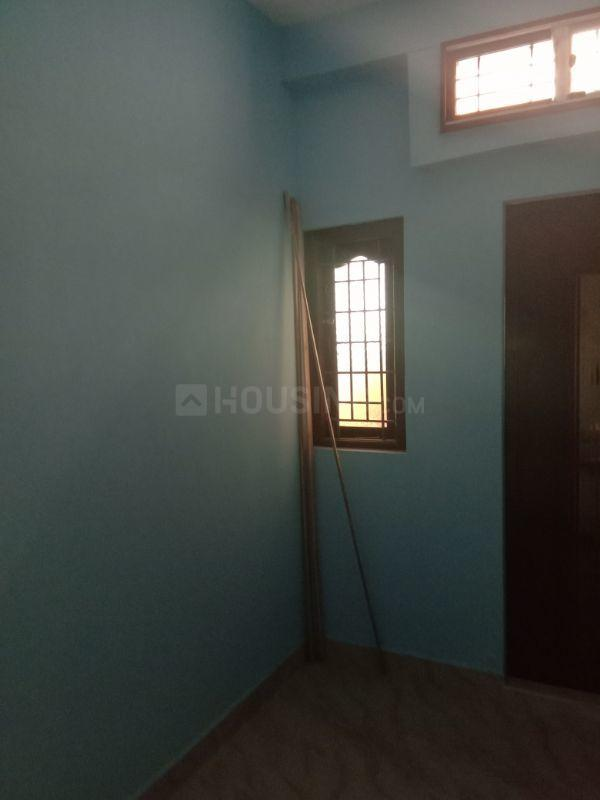 Living Room Image of 700 Sq.ft 2 BHK Independent House for buy in Korattur for 3500000