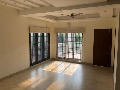 Gallery Cover Image of 3700 Sq.ft 3 BHK Independent House for buy in Neelankarai for 36000000