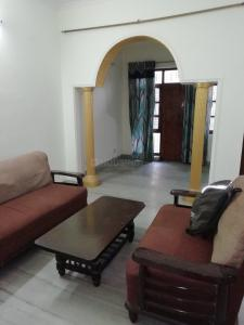 Gallery Cover Image of 1600 Sq.ft 2 BHK Independent Floor for rent in Sector 45 for 32000