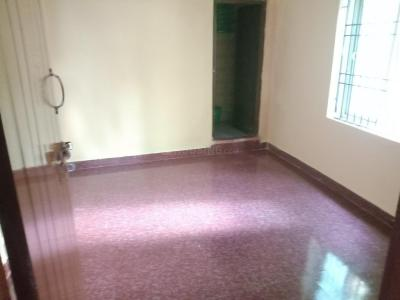 Gallery Cover Image of 600 Sq.ft 1 BHK Apartment for rent in Velachery for 9500