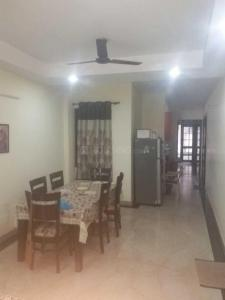 Gallery Cover Image of 1200 Sq.ft 3 BHK Independent Floor for rent in Vasant Kunj for 24000
