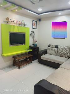 Gallery Cover Image of 600 Sq.ft 1 BHK Apartment for buy in Ganaraj CHS, Dhankawadi for 2800000