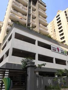 Gallery Cover Image of 1075 Sq.ft 2 BHK Apartment for rent in Kharghar for 23000