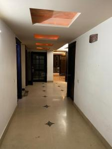 Gallery Cover Image of 2700 Sq.ft 4 BHK Independent Floor for buy in Preet Vihar for 28000000