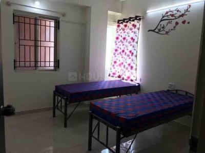 जयानगर में रॉयल कंफर्ट्स फॉर गर्ल्स में बेडरूम की तस्वीर