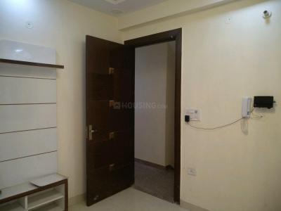 Gallery Cover Image of 600 Sq.ft 2 BHK Apartment for buy in Sector 16A Dwarka for 2500000