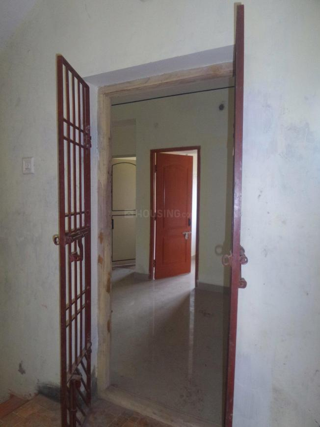Main Entrance Image of 644 Sq.ft 2 BHK Apartment for buy in Ambattur for 2800000