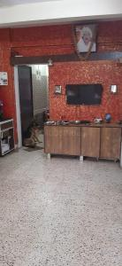 Gallery Cover Image of 475 Sq.ft 1 BHK Independent House for buy in Ghatkopar West for 12000000