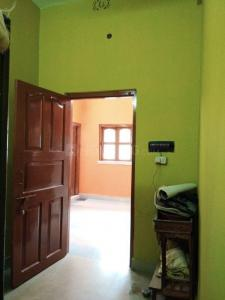 Gallery Cover Image of 500 Sq.ft 2 BHK Independent House for rent in Keshtopur for 7300