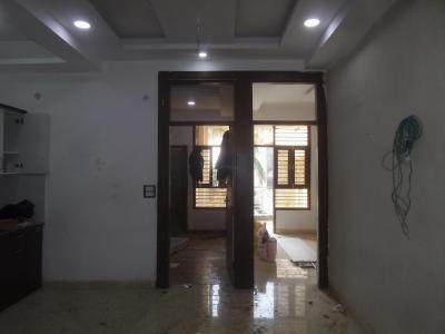 Gallery Cover Image of 970 Sq.ft 2 BHK Apartment for buy in Niti Khand for 3950000