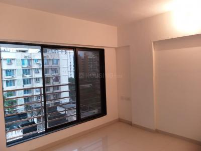 Gallery Cover Image of 900 Sq.ft 3 BHK Apartment for buy in Borivali Shyamkrupa CHSL, Borivali West for 18500000