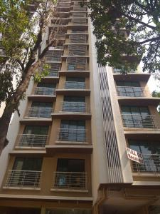 Gallery Cover Image of 665 Sq.ft 2 BHK Apartment for buy in Dahisar East for 16500000