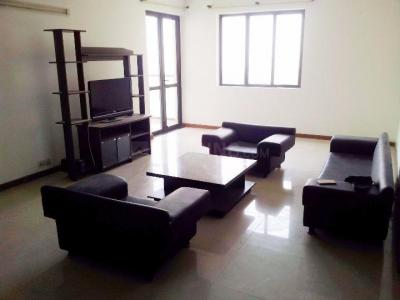 Gallery Cover Image of 2300 Sq.ft 3 BHK Apartment for rent in DLF Phase 3 for 40000