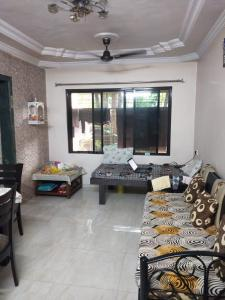 Gallery Cover Image of 590 Sq.ft 1 BHK Apartment for buy in Thane West for 6100000