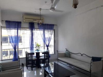 Gallery Cover Image of 550 Sq.ft 1 BHK Apartment for rent in Bandra West for 50000