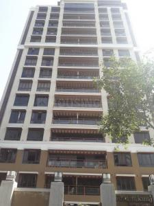 Gallery Cover Image of 2800 Sq.ft 4 BHK Apartment for rent in Juhu for 250000