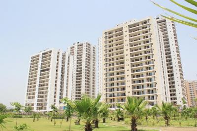 Gallery Cover Image of 2750 Sq.ft 4 BHK Apartment for buy in Aakriti Aakriti Shantiniketan, Sector 143B for 16000000