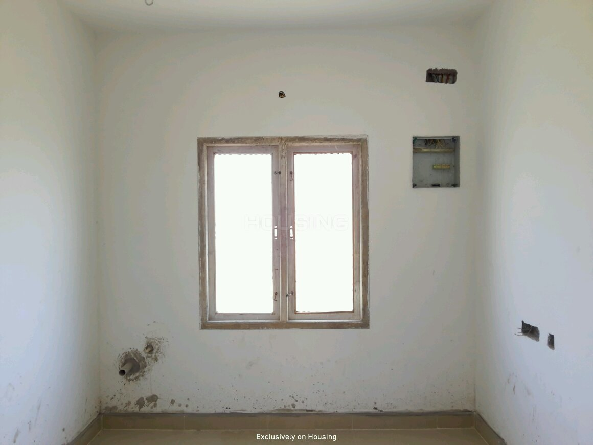Living Room Image of 765 Sq.ft 2 BHK Apartment for buy in Madambakkam for 2999000