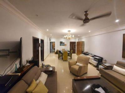 Gallery Cover Image of 2160 Sq.ft 3 BHK Apartment for buy in Juhu for 90000000