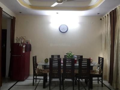 Gallery Cover Image of 1800 Sq.ft 3 BHK Independent Floor for rent in Paschim Vihar for 25000