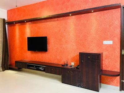 Gallery Cover Image of 1550 Sq.ft 3 BHK Apartment for rent in Bellandur for 25000