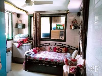 Gallery Cover Image of 980 Sq.ft 2 BHK Apartment for rent in Greater Khanda for 11000