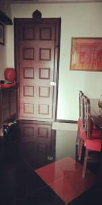 Hall Image of 680 Sq.ft 2 BHK Apartment for buy in Usha Sadan Apartment, Cuffe Parade for 30000000