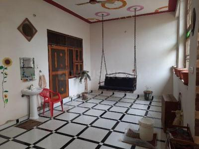 Gallery Cover Image of 594 Sq.ft 2 BHK Independent House for rent in Krishna Nagar for 12000