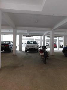 Parking Area Image of Balaji Home in Sector 48