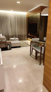 Gallery Cover Image of 1250 Sq.ft 2 BHK Apartment for buy in Shapoorji Pallonji Vicinia, Powai for 23300000