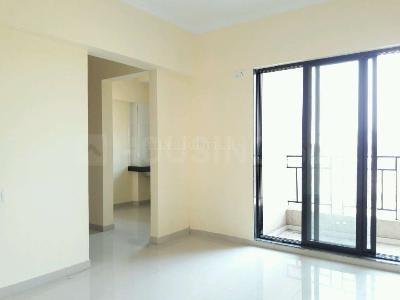Gallery Cover Image of 1100 Sq.ft 2 BHK Apartment for rent in Kalyan West for 14000
