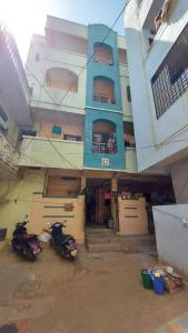 Gallery Cover Image of 3500 Sq.ft 1 BHK Independent House for buy in Old Bowenpally for 12000000
