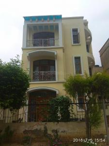 Gallery Cover Image of 2000 Sq.ft 4 BHK Independent Floor for rent in Chi II for 14500