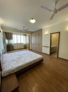 Gallery Cover Image of 2800 Sq.ft 4 BHK Apartment for buy in Citizen apartment, Sector 51 for 22000000