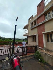 Gallery Cover Image of 2115 Sq.ft 3 BHK Independent House for buy in Ghuma for 11500000