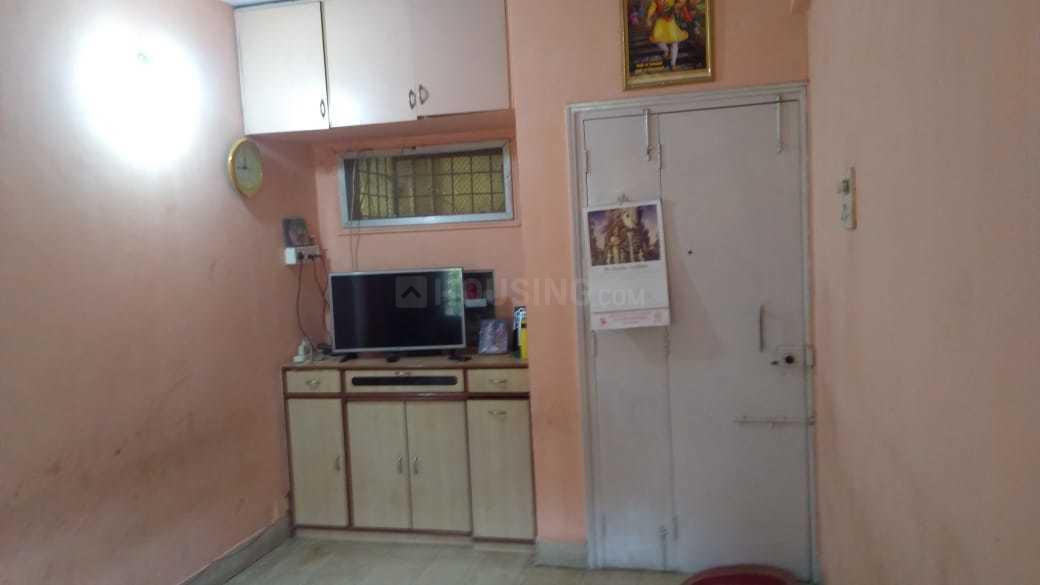 Living Room Image of 600 Sq.ft 1 BHK Apartment for rent in Mira Road East for 13000