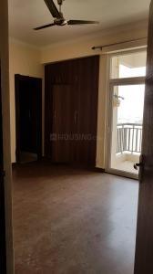 Gallery Cover Image of 1600 Sq.ft 3 BHK Apartment for rent in Saviour Greenisle, Crossings Republik for 12000