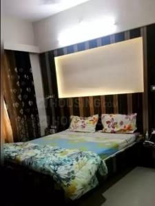 Gallery Cover Image of 1000 Sq.ft 2 BHK Apartment for rent in Cosmos Group Cosmos Jewels, Thane West for 35000
