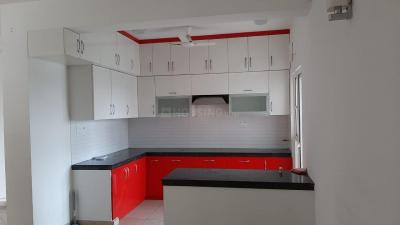 Gallery Cover Image of 1580 Sq.ft 3 BHK Apartment for rent in Gulshan Ikebana, Sector 143 for 27000