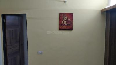 Gallery Cover Image of 900 Sq.ft 2 BHK Apartment for rent in Santacruz West for 55000