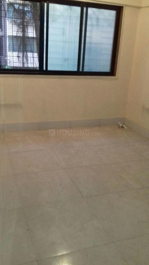 Bedroom Image of 260 Sq.ft 1 RK Apartment for rent in Kandivali West for 13000