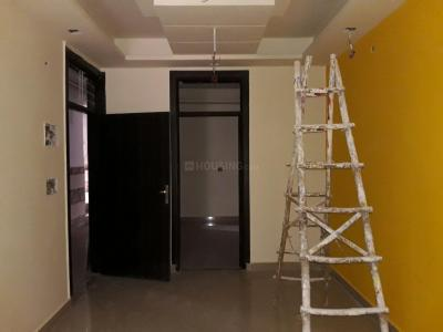 Gallery Cover Image of 900 Sq.ft 2 BHK Apartment for buy in Shalimar Garden for 3300000
