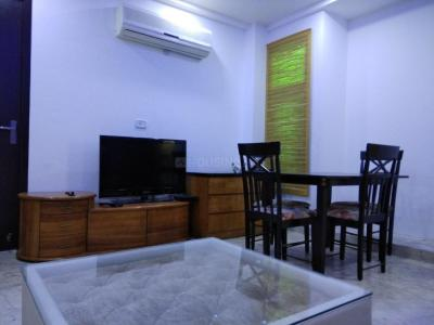 Gallery Cover Image of 1150 Sq.ft 2 BHK Apartment for rent in Vasant Kunj for 32000
