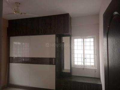 Gallery Cover Image of 1200 Sq.ft 2 BHK Apartment for rent in Vasathi Anandi, Peeramcheru for 14000