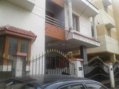 Gallery Cover Image of 2400 Sq.ft 3 BHK Independent House for buy in Virugambakkam for 32500000
